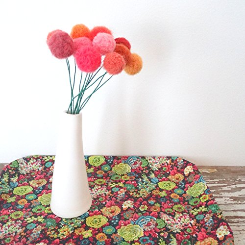 Orange and Coral Felt Flowers. Pom pom Flower. Fake Flowers. Marigold Bouquet. Faux Flower Arrangement. Wool pom poms, Yarn Billy Balls