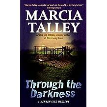 Through the Darkness: A Hannah Ives Mystery (Hannah Ives Mysteries)