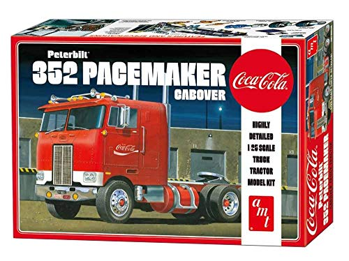 AMT Peterbuilt 352 Pacemaker Cabover (Coca Cola) 1:25 Scale Model Kit 1
