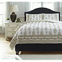 Ashley Furniture Signature Design - Almeda Reversible Coverlet Set - Includes Coverlet & 2 Shams - Queen Size - Beige