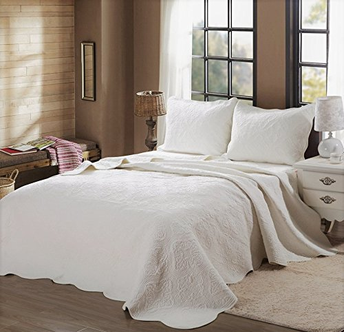 (Cozy Line Home Fashions Victorian Medallion Solid Ivory Matelasse Embossed 100% Cotton Bedding Quilt Set,Coverlet,for Bedroom/Guest Room (Blantyre - Ivory, King - 3 Piece))