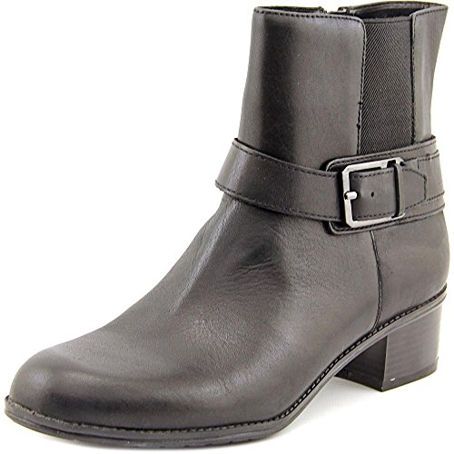 Bandolino Women's Caven Black Leather Ankle Booties 6.5 ()