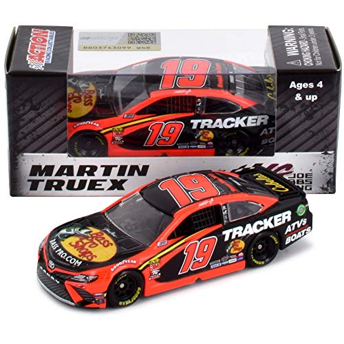 Lionel Racing Martin Truex Jr 2019 Bass Pro Shops NASCAR Diecast Car 1:64 Scale (Martin Truex Jr Diecast 1 64)