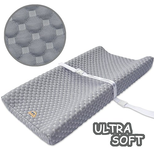 Super Soft and Comfy Changing Pad Cover for Baby by BlueSnail (gray) from BlueSnail