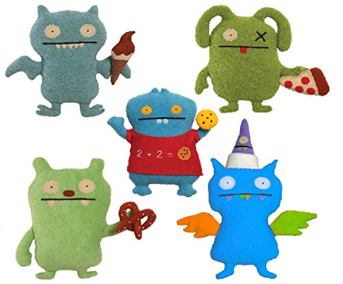 UglyDolls Foodies Collection Pretzel Mathlete