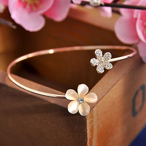 supaporn shop Women's Fashion Flower Crystal Gold Plated Cuff Bracelet Bangle Charm Jewelry ()