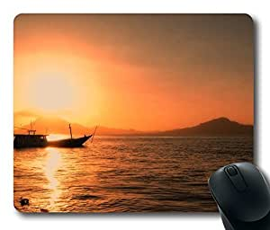 Lonely Boat Mouse Pad Desktop Laptop Mousepads Comfortable Office Mouse Pad Mat Cute Gaming Mouse Pad