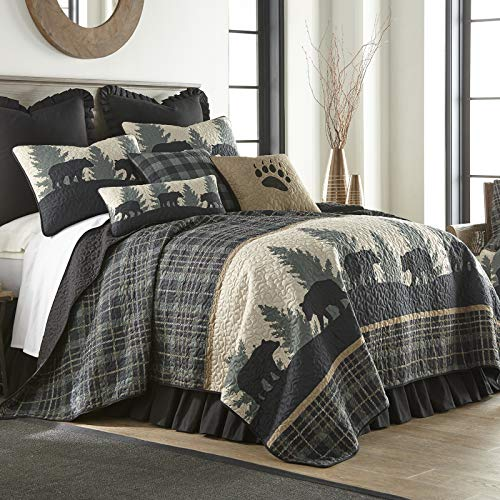 Full/Queen Bedding Set – 3 Piece – Bear Walk Plaid by Donna Sharp – Lodge Quilt Set with Full/Queen Quilt and Two Standard Pillow Shams – Fits Queen Size and Full Size Beds – Machine Washable