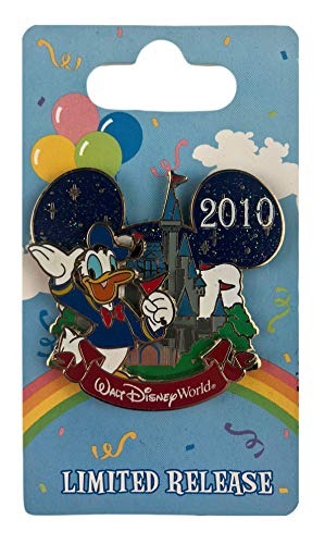 WDW Trading Pin - 2010 Characters with Cinderella Castle - Donald Duck