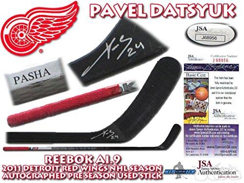 Datsyuk Signed Detroit Red Wings - PAVEL DATSYUK Signed