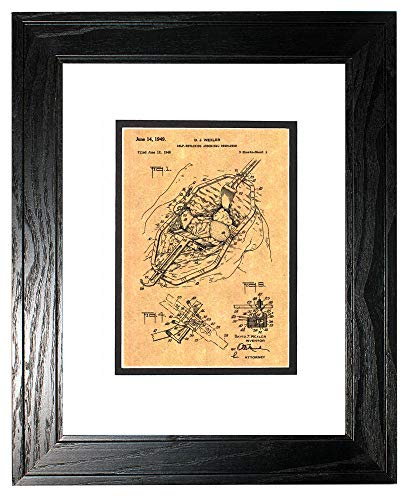 Self-retaining Abdominal Retractor Patent Art Print in a Black Pine Wood Frame with a Double Mat (11