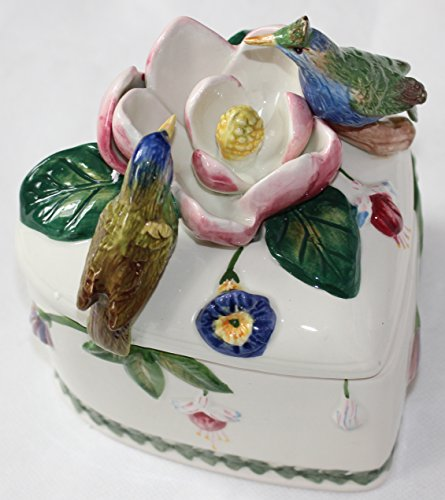 Portmeirion Botanic Hummingbird Ceramic Covered Heart Shaped Box