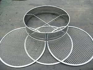 Erdsieb aus Edelstahl mit 3 verschiedengroßen Gitteraufsätzen