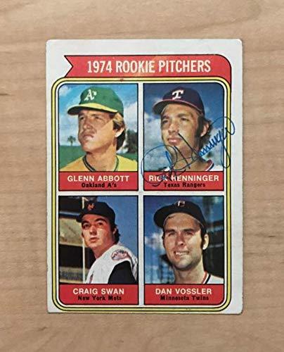 RICK HENNINGER TEXAS RANGERS SIGNED VINTAGE 1974 TOPPS CARD #602 W/COA