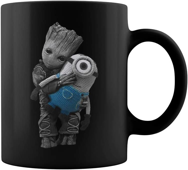 Baby Groot hug Baby Yoda Mandalorian Movie Coffee Mug Funny Novelty Cup Gift