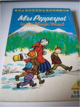 Book Mrs. Pepperpot in the Magic Wood: And Other Stories (Young Puffin Books) by Alf Proysen (1988-08-01)