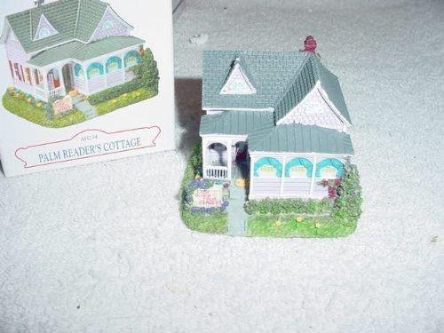 Liberty Falls Village: Palm Readers Cottage