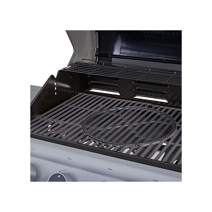 511q2Tg vrL El Frigg 400 OS ofrece una excelente relación precio/rendimiento. 4 quemadores cada uno de 3,3 kW, todos fabricados en acero inoxidable de alta calidad, que garantizan un rendimiento decente con una buena distribución del calor. Características de la barbacoa de gas DanGrill FRIGG 400 BBQ – Dimensiones: 128 x 57,5 x 110 cm – 4 quemadores de acero SS304 de 3,6 kW / CAD – Área de cocción: 67 x 41,5 cm – Rejilla de cocción: hierro fundido, sistema de parrilla FLEX Sistema Grill Flex te permite reemplazar la parrilla de cocción con todos los accesorios Dangrill como placas, sartenes, wok, etc.