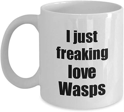 Animals Joke Humour Christmas NOVELTY MUG Target Wasp Funny Mugs