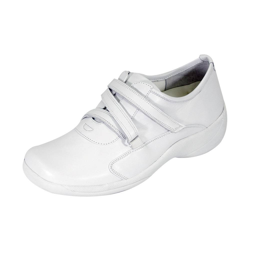 24 Hour Comfort  Jordan Women Wide Width Fastener Shoes White 11