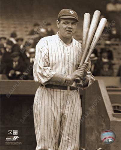 Babe Ruth With 3 Bats New York Yankees Unsigned 8X10 Photo (Mlb Unsigned Bats)