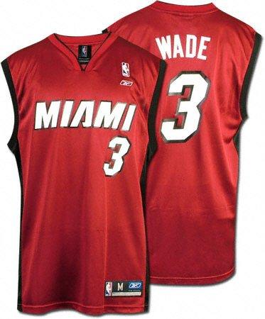 premium selection bfeba 74ade Amazon.com: Dwyane Wade Red Reebok NBA Replica Miami Heat ...