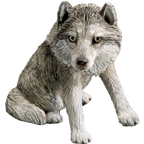 (Sandicast Small Size Gray Wolf Sculpture,)