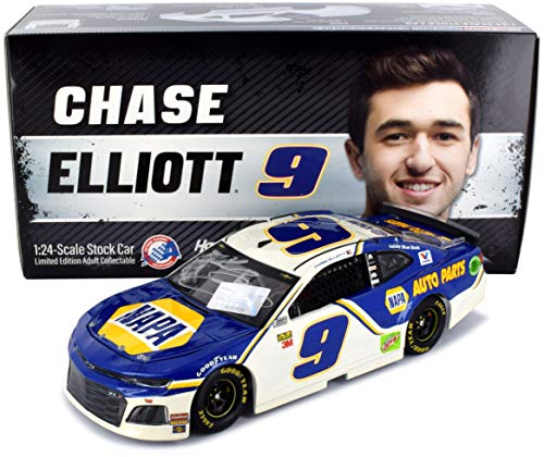 Lionel Racing Autographed Chase Elliott 2019 NAPA Diecast Car NASCAR 1:24 Scale Hand-Signed with Certificate of -