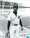 Autograph Warehouse 47434 Elliott Maddox Autographed 8 x 10 Photo New York Yankees 67 Ball Point Pen Image No .1