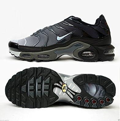 sale retailer d4cdf 369f1 Nike - Basket pour Hommes Air Max Plus Tuned TN - Gris foncé Platine Pur