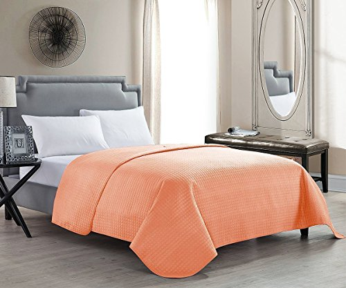 HollyHOME Solid Color Bed Quilt for Twin Size Bed, Coral (Orange Twin Quilt)