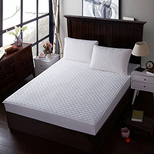 HOMEJU Breathable SafeRest Comfortable Bed Cover Velvety Microfiber Mattress Protector - Queen / King Size