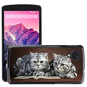 Hot Style Cell Phone PC Hard Case Cover // M00046296 animals on pets book cats // LG NEXUS 5