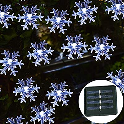 Windpnn Solar Christmas Snowflake String Lights,50LED 30.6ft Waterproof Solar Powered Fairy Lights for Christmas Tree, Party, Wedding, Fence, Patio Garden Décor,(Cool White)