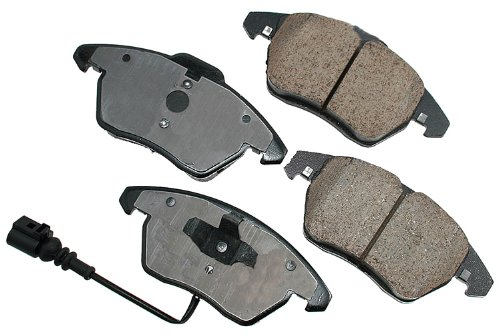 (Akebono EUR1107 EURO Ultra-Premium Ceramic Brake Pad Set)