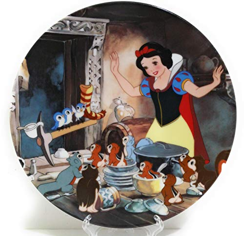 "Disney Collector Plate Knowles Snow White ""Time to Tidy Up"""