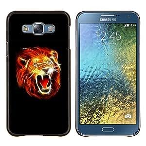 KLONGSHOP // Cubierta de piel con cierre a presión Shell trasero duro de goma Protección Caso - León llameante - Samsung Galaxy E7 E700 //