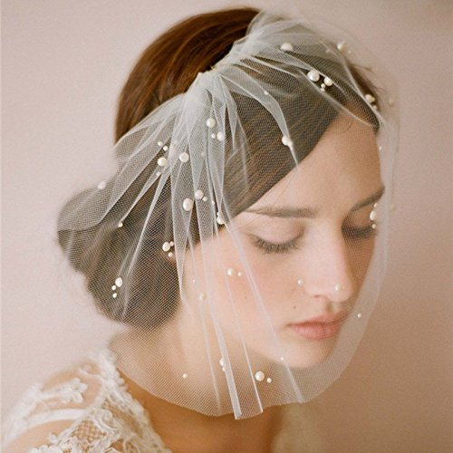 Amazon.com: Short Wedding Veil Tulle Pearl Bridal Veils with Comb ...