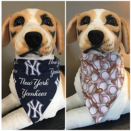 MLB Reversible Pet Bandana New York Yankees Over The Collar