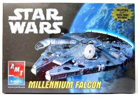 (Star Wars Millennium Falcon Model AMT Ertl)