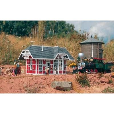 PIKO G SCALE MODEL TRAIN BUILDINGS - CLEAR WATER STATION - - Station G Scale Train