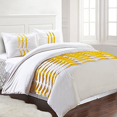 Amrapur Overseas | Isabella 3-Piece 100% Cotton Pinch Pleated Duvet Set (White/Yellow, Queen)