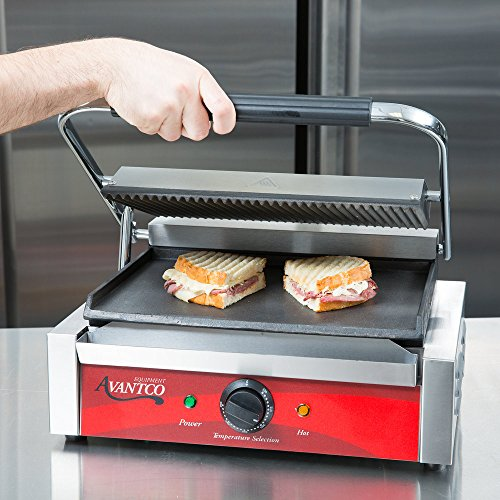 Grooved Top and Smooth Bottom Commercial Panini Sandwich Grill - 120V, 1750W
