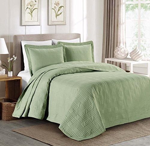 """3-piece Soft Oversized 118""""x106"""" Plaid Bedspread Coverlet Ki"""