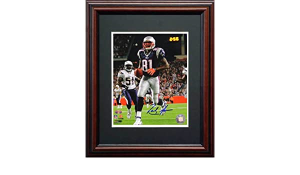 save off 40398 7458d Amazon.com: Randy Moss Signed Color Framed Photo-8x10 ...