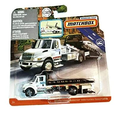 Matchbox Working Rigs International Durastar 4400 Flatbed Transporter in White: Toys & Games