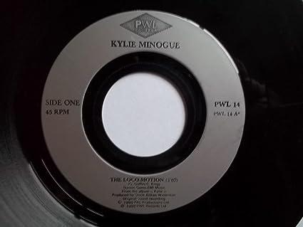 Kylie Minogue Kylie Minogue The Locomotion 7 Vinyl Large Centre Hole Amazon Com Music