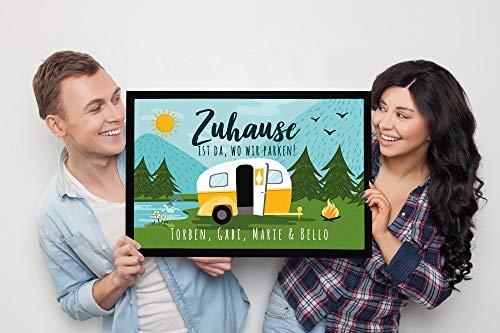 5123LtTXliL SpecialMe Fußmatte Familie personalisiert mit Namen Zuhause ist da wo wir parken Camping Wohnwagen rutschfest & waschbar…