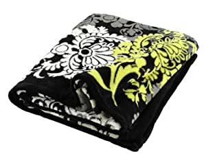 Vera Bradley Throw Blanket in Baroque