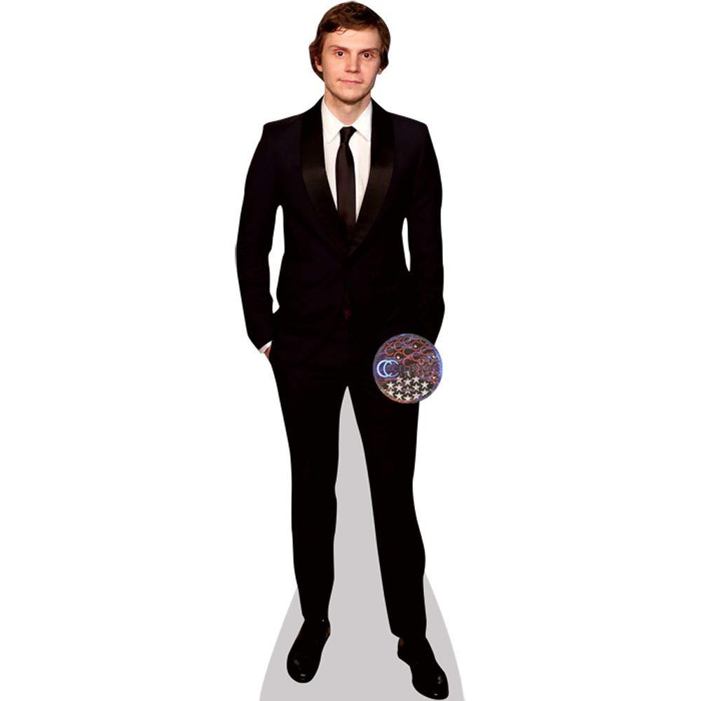 Evan Peters Black Suit a grandezza naturale